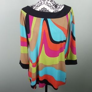 Annalee + Hope Multi Color Wavy Top Size Large